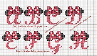 Unhas e Artesanato: ' Alfabetos da Minnie