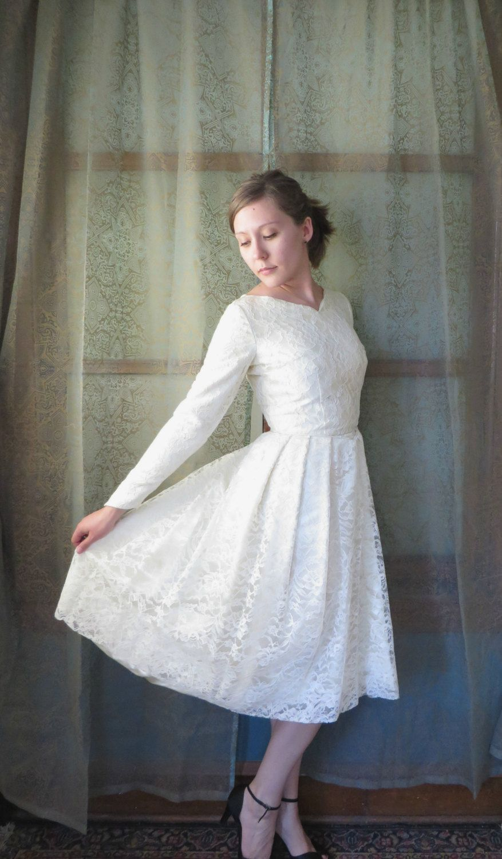 Cream colored vintage wedding dresses  s Cream Floral Lace Over Satin Wedding Dress Vintage Champagne