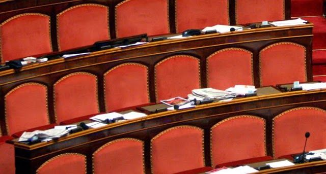 di Tutto Un Po' Italia: Senato abolito? Subito il politometro!