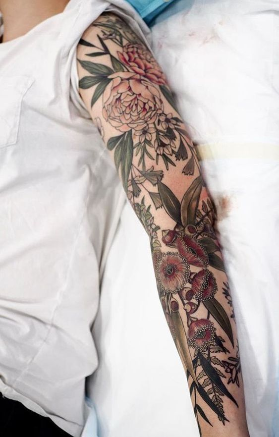 200 Pictures of Female Arm Tattoos for Inspiration – Photos and Tattoos #flowertattoos – Flower Tattoo Designs  #diytattooimages - diy tattoo images