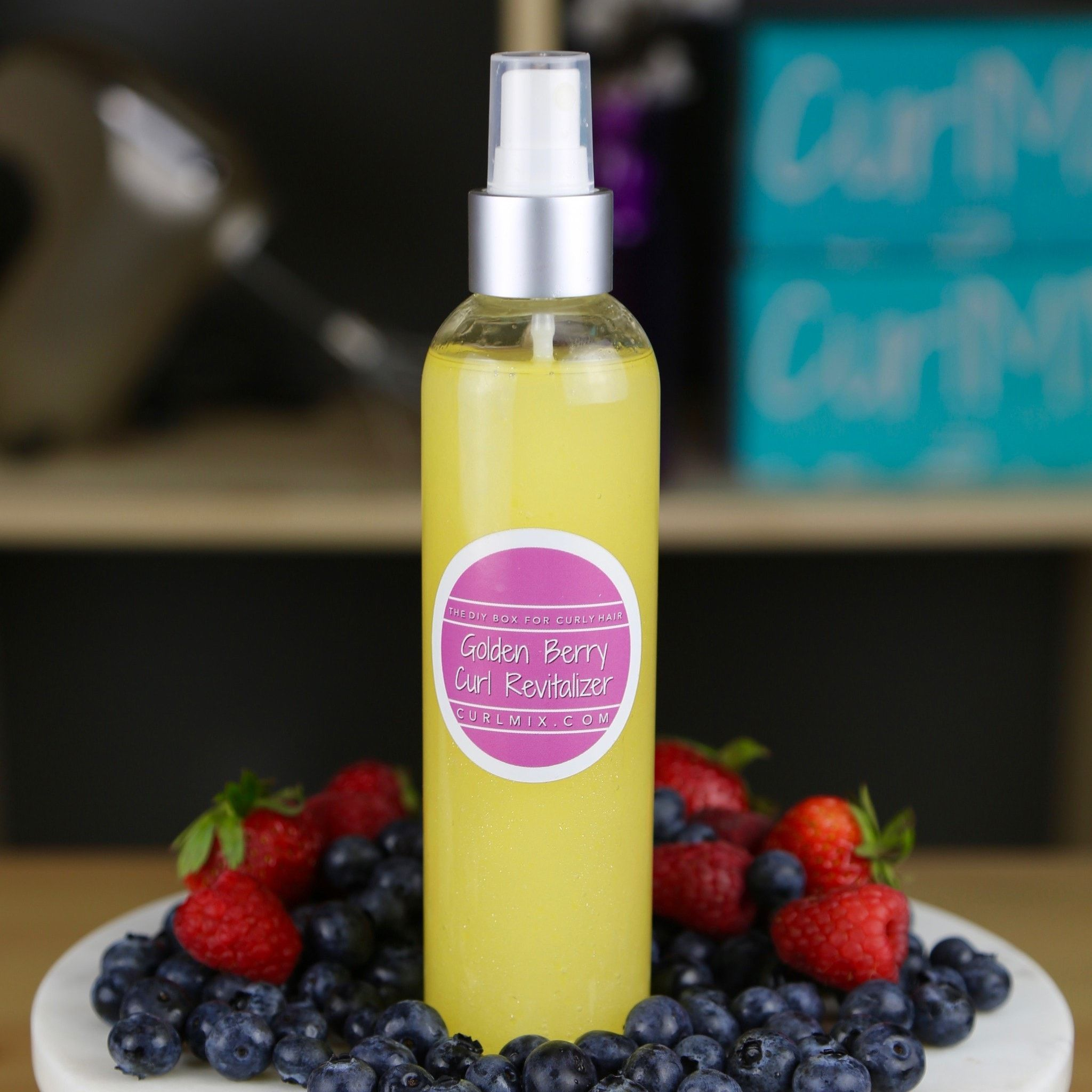 Golden Berry Curl Revitalizing Spray - CurlMix