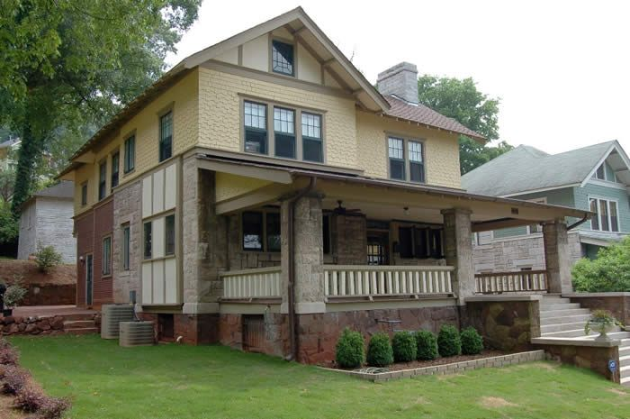 Birmingham restoration bungalow exteriors pinterest for Bungalow paint schemes