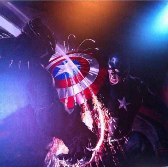 Black Panther Claws Captain America S Shield In New Civil War Promo Art Captain America Civil War Captain America Black Panther