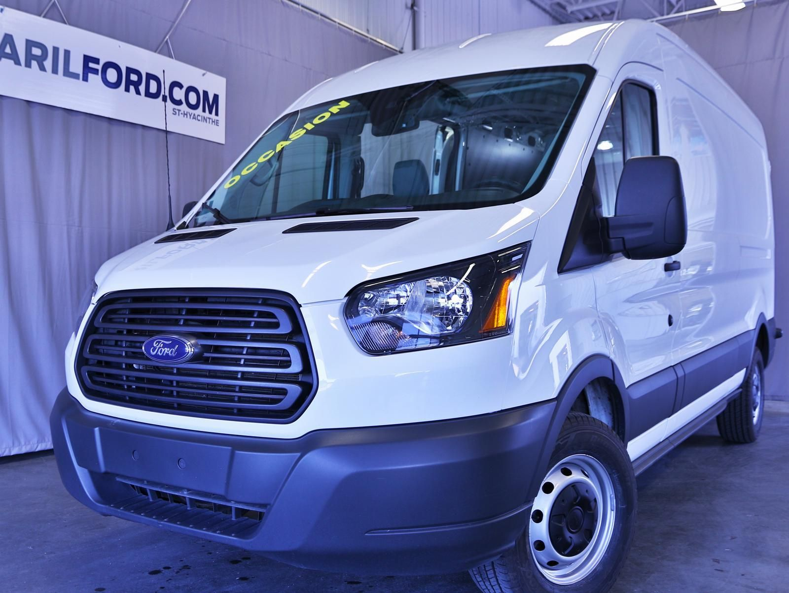 Ford Transit Cargo Van 250 mid roof 2015 Ford transit