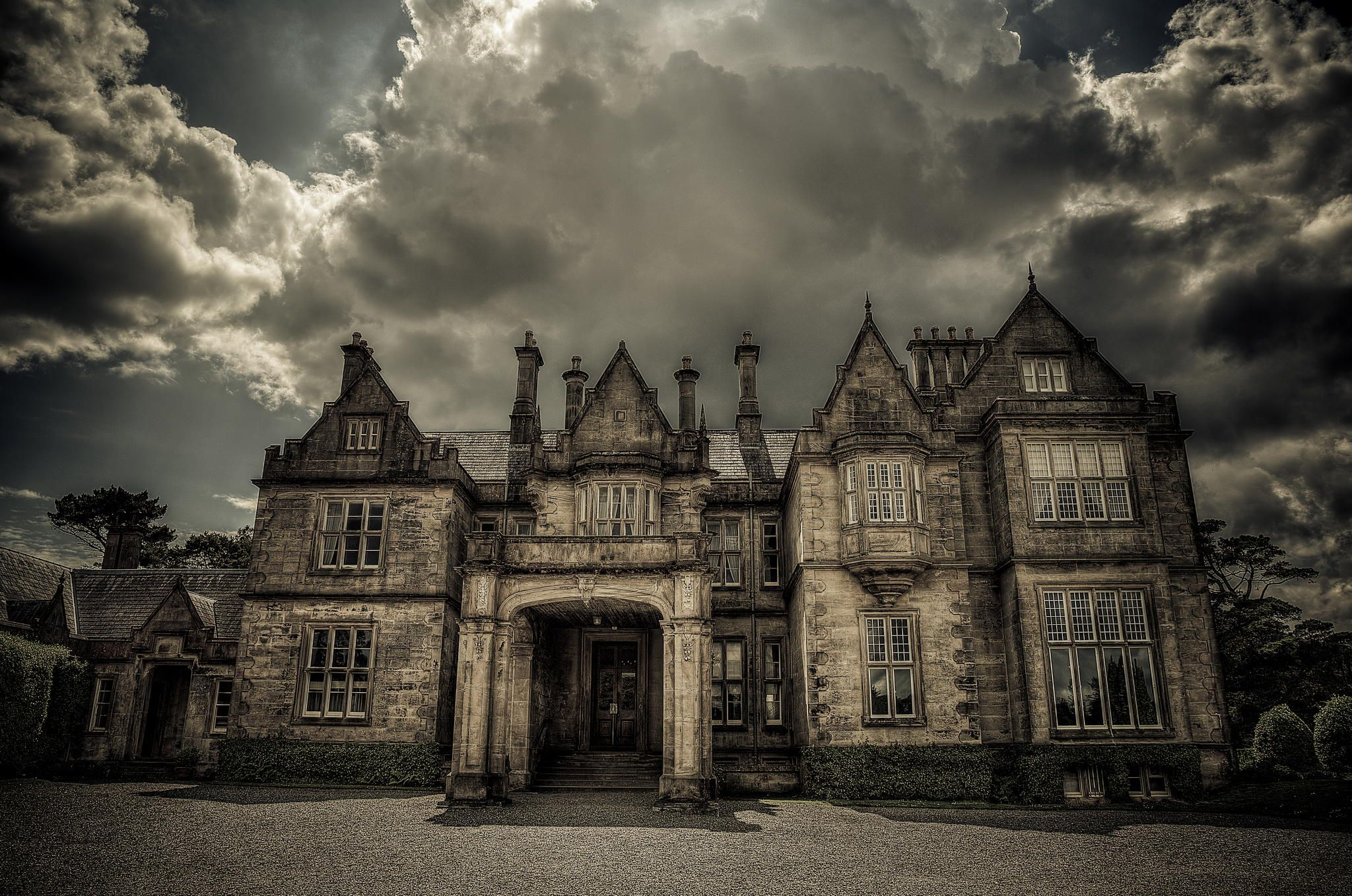 Muckross House by Seth Cribby on 500px