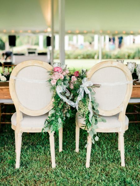 13 Types Of Wedding Chairs For A Stylish Day