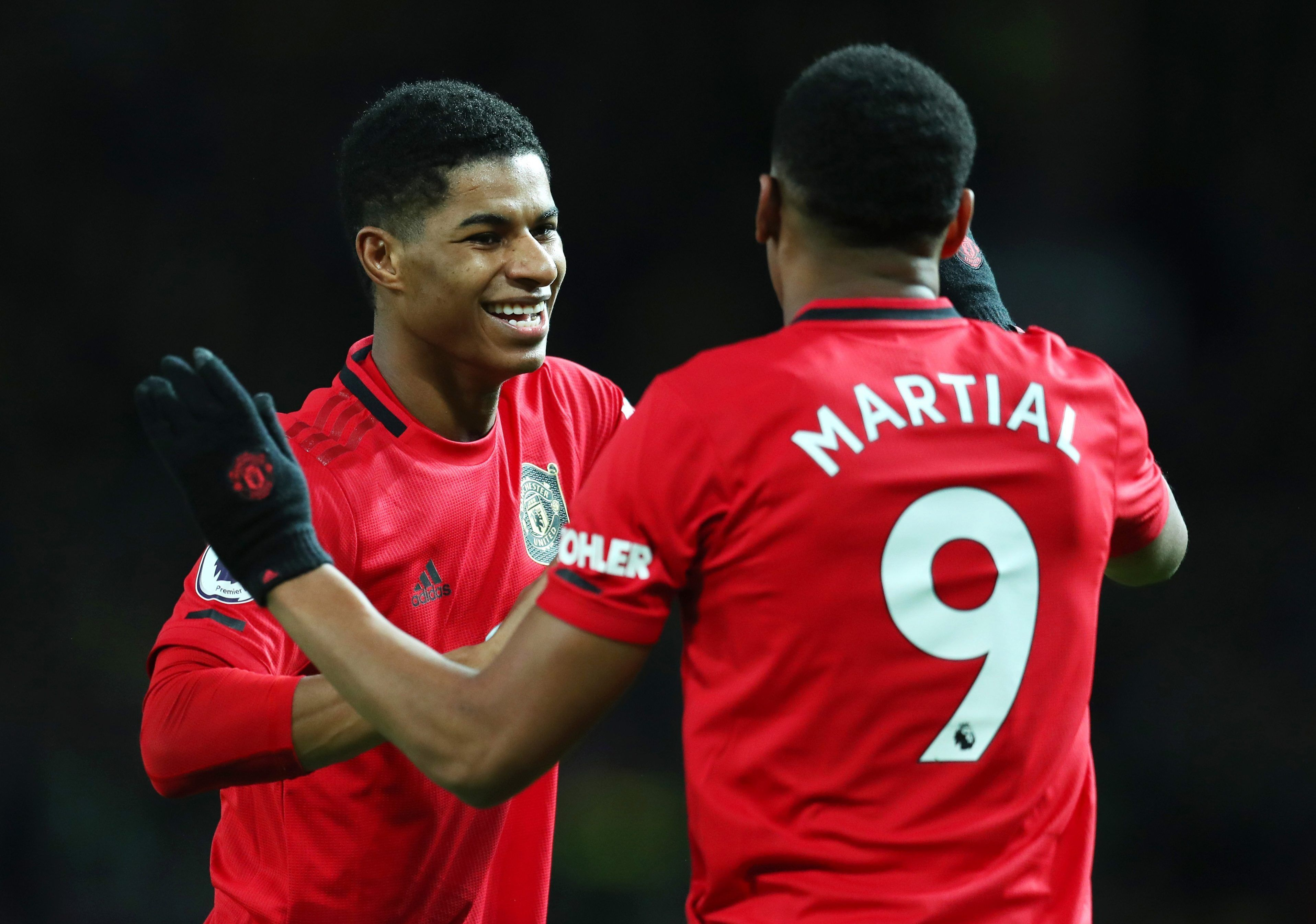 Premier League Results Chelsea And Manchester United Bounce Back In Emphatic Style Southampton Stun Leicester T In 2020 Manchester United Norwich City Marcus Rashford
