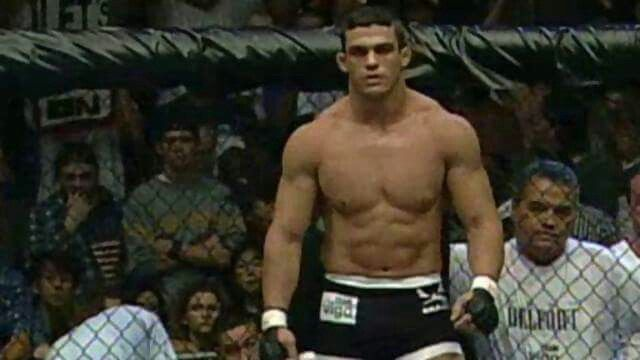 Vitor Belfort at Age 19 | Wrestling, Sports, Sumo