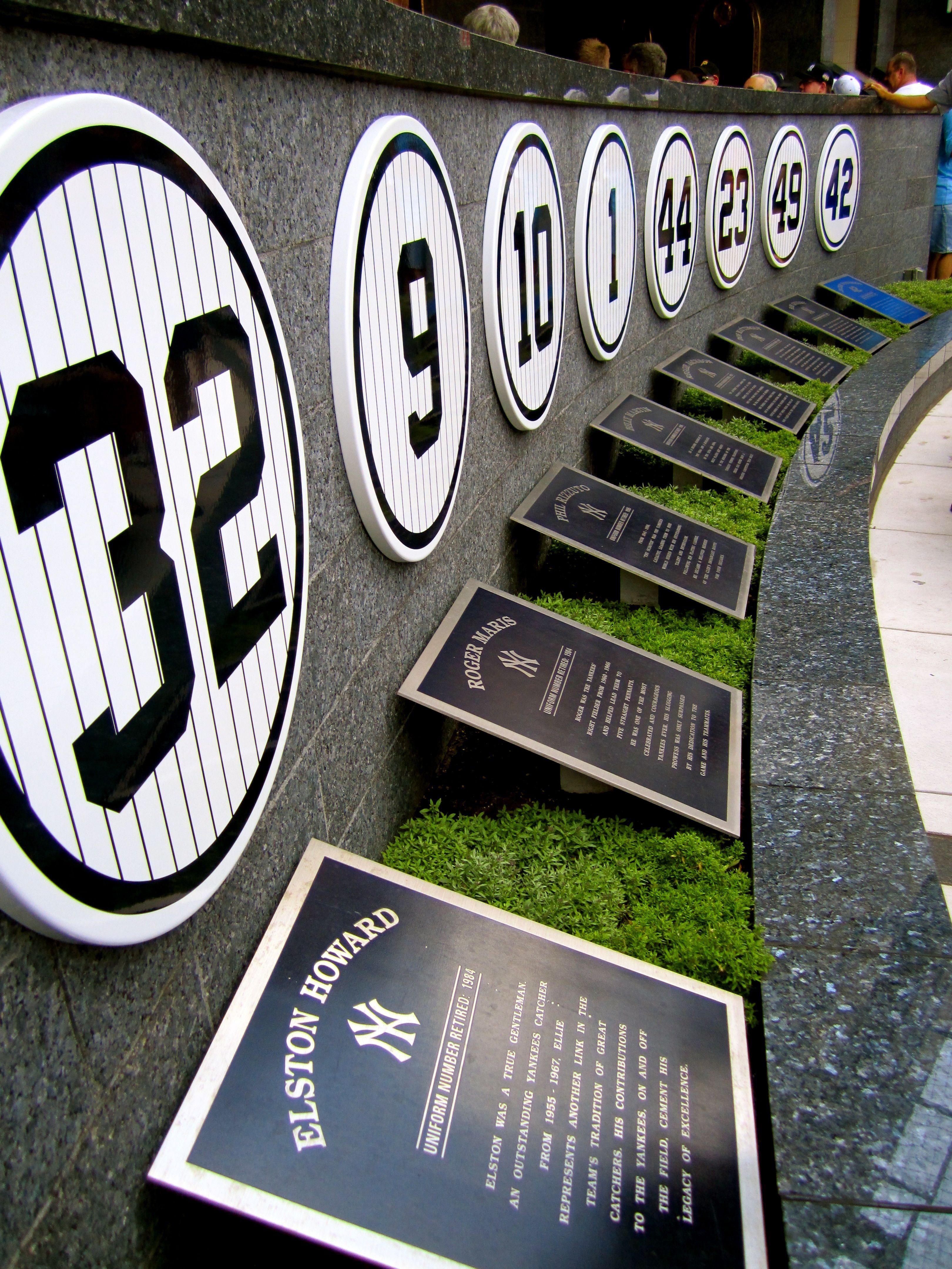 Bronx Ny Yankee Stadium Monument Park Yankees Baseball New York Yankees Derek Jeter Yankees