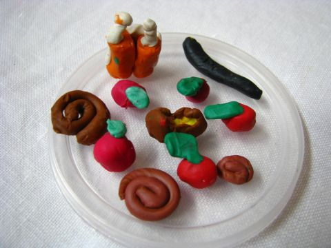 Rosh Hashanah fun for kids – plasticene modelling clay