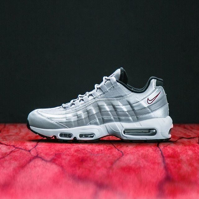 new arrival 1aaec 97528 The Nike Air Max 95  Silver  released today online   in-stores at Jimmy Jazz