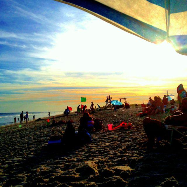 Sunset At The Beach Last Night Babylon Ny Island Beach Babylon Island