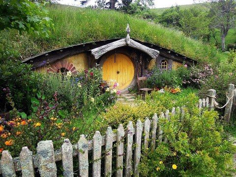 rustic and cozy hobbit house amazing homes cool architecture cozy interior design hobbit - Lord Of The Rings Hobbit Home