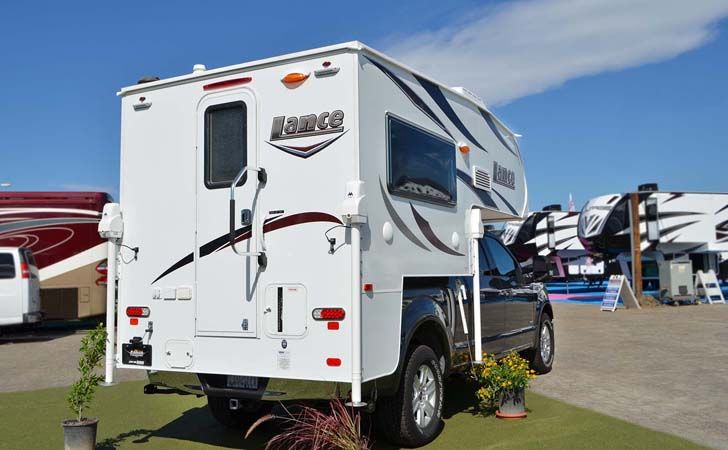 This Lance 650 Truck Camper Looks Amazing Truck Camper Short
