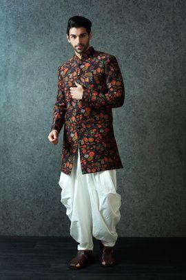 Best Site To Plan A Modern Indian Wedding Wedmegood Covers Real Weddings Genuine Reviews And Wedding Dresses Men Indian Indian Men Fashion Indian Groom Wear