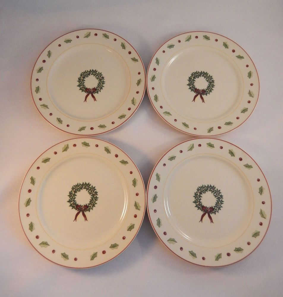 4 Merry Brite Christmas Dinnerware Salad Plates Wreath Holly Berry ...