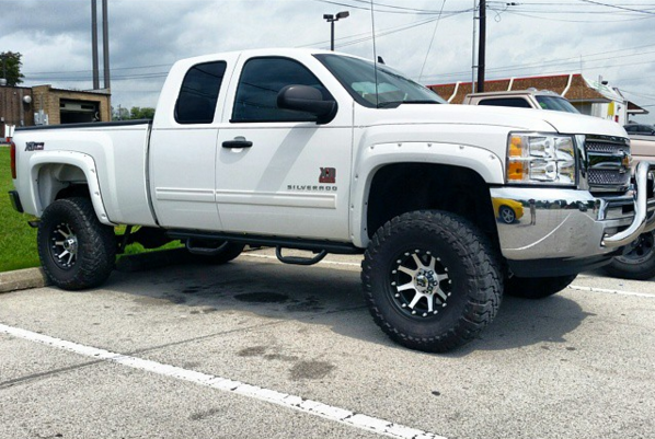 Clean Looking Lifted Chevy With Fender Flares Rough Country Lift And Addidt Xd798 Rims Xd Series Want To Make Your Lifted Chevy Lifted Truck Mentor Ohio