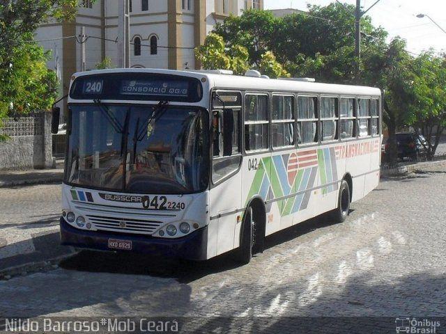 Ônibus da empresa Transnacional, carro 240, carroceria Busscar Urbanuss, chassi Mercedes-Benz OF-1721. Foto na cidade de Fortaleza-CE por Nildo Barroso#Mob Ceará, publicada em 04/11/2012 17:16:11.
