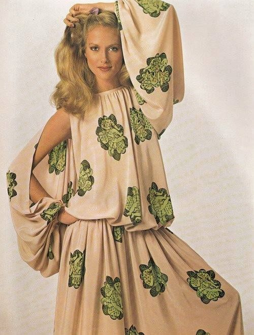 1070s billowy style with baloon sleeves #vintagefashion