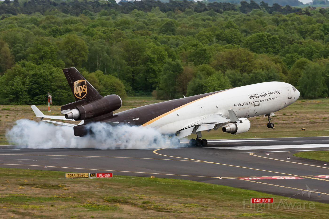 Photo of UPS McDonnell Douglas MD11 (N285UP) FlightAware