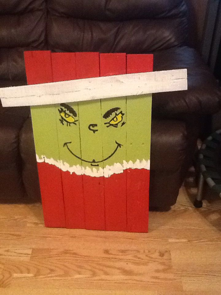 Mr Grinch Made Out Of Pallet Pallet Christmas Christmas