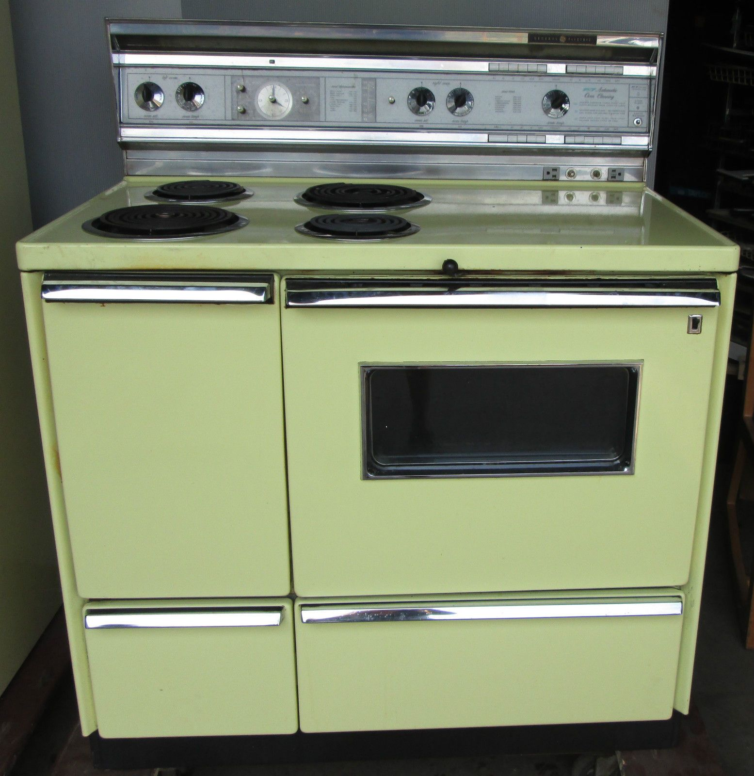 Yellow Fridge Freezer Vintage Matching Yellow Ge Stove And Refrigerator 1960 039