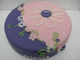 twee kleurige bloemen taart