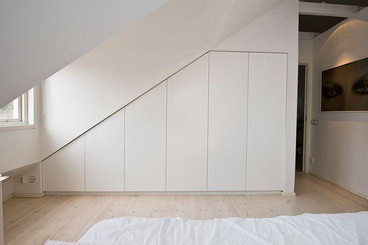 1000+ images about Upstairs på Pinterest | Sök, Garderob och Lagring : garderob snedtak : Garderob