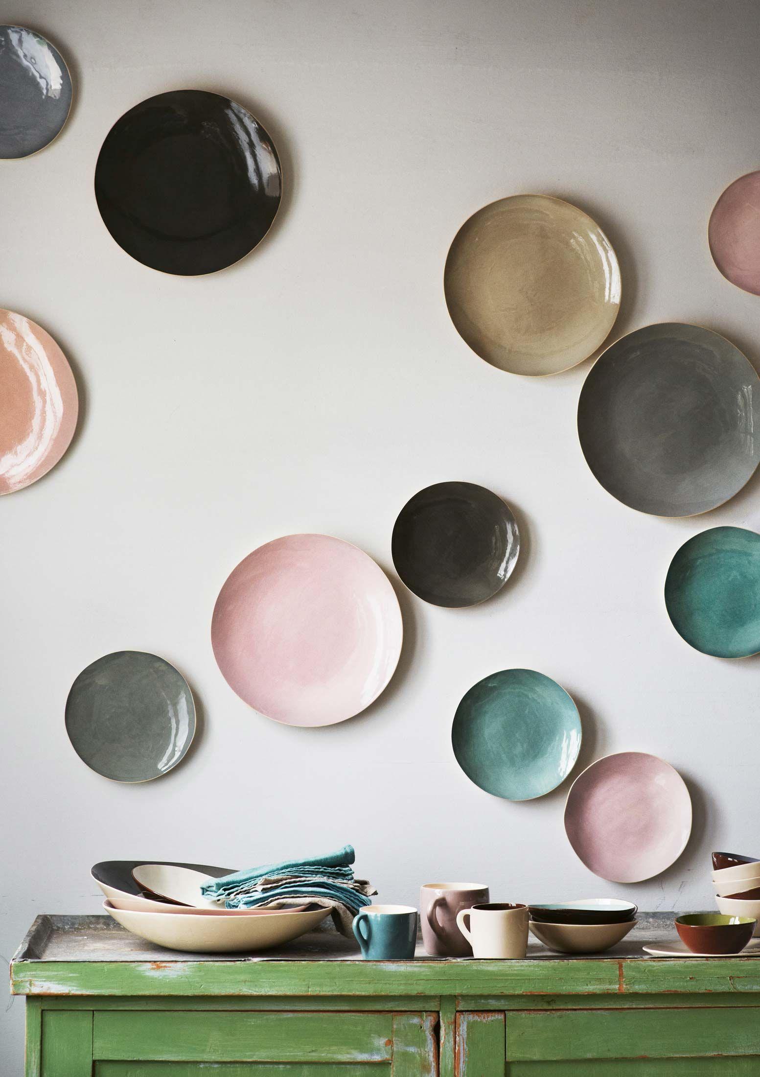 Wall decor - pretty plates #interiors #decoration #styling