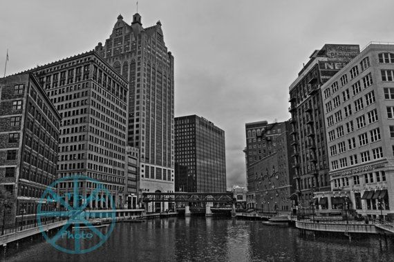 On the Milwaukee River - M-Town Photo photography