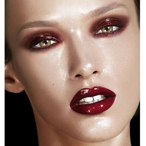 wet look makeup - Căutare Google   High fashion makeup ...
