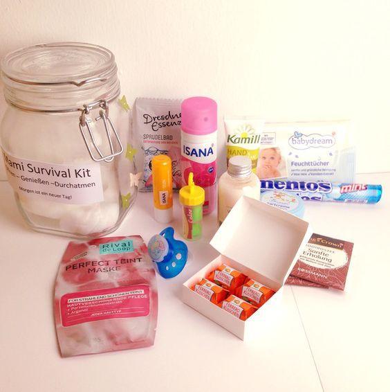 mami survival kit strampler berraschungen und das baby. Black Bedroom Furniture Sets. Home Design Ideas