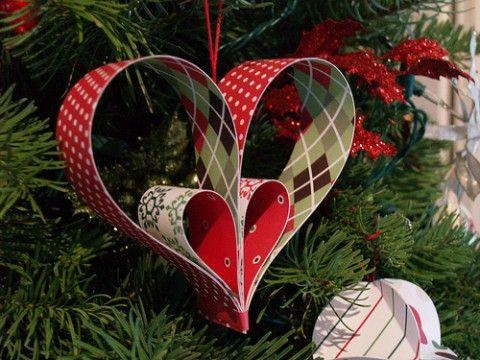 Diy Paper Ornaments 10 Christmas Ornaments Made From Scrapbook Paper Paper Christmas Ornaments Paper Ornaments Heart Ornament