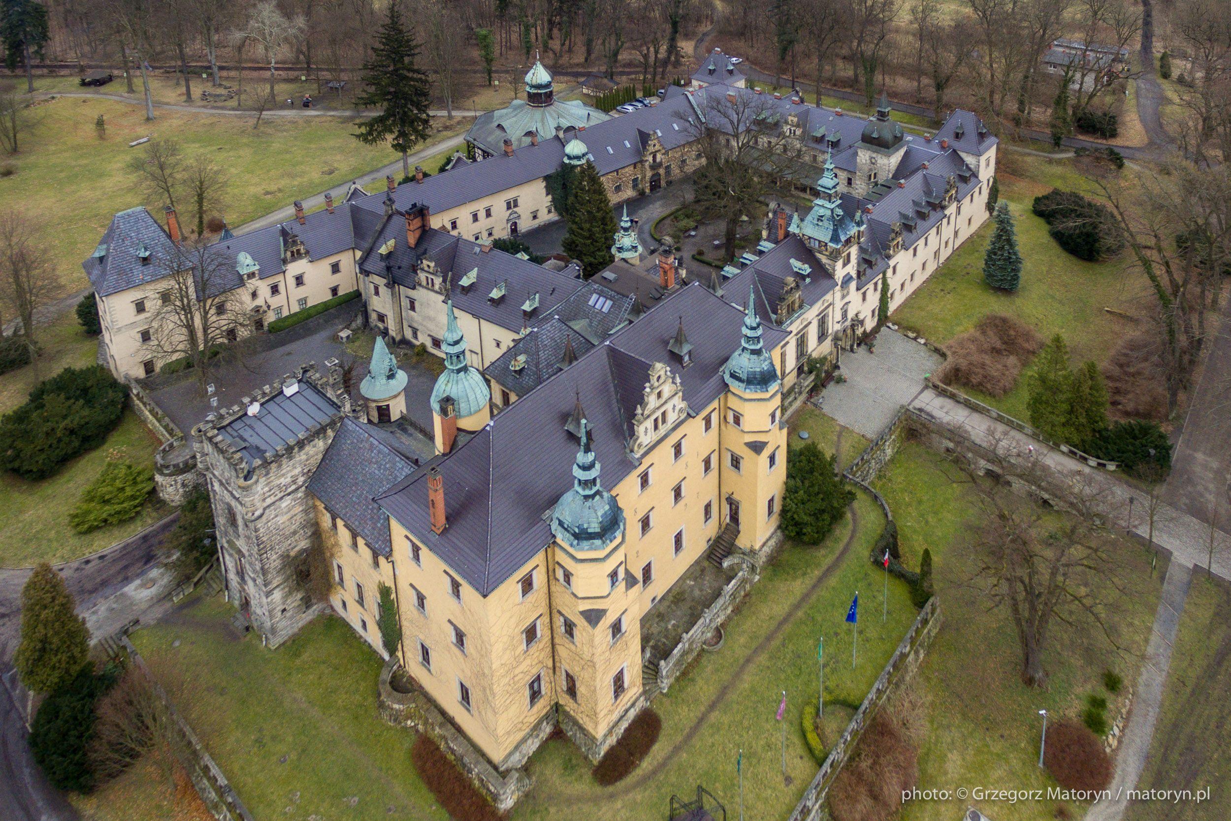Schloss Kliczkow Polen In 2020 Burgen Und Schlosser Burg Schloss