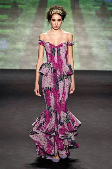 New York Fashion week F/W 2015-2016 La Petite Robe  #silkgiftmilan #catwalk #fashion #personalstylist #imageconsultant #trend