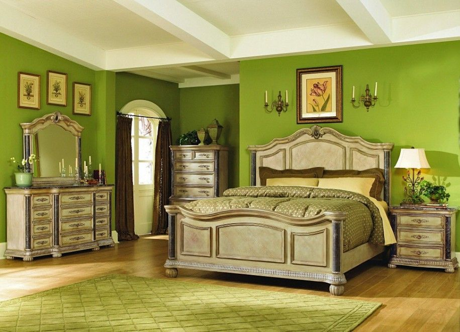 Green Bedroom Interior Design with Antique Bedroom Furniture - Green Bedroom Interior Design With Antique Bedroom Furniture Home