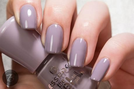 essence - the gel nail polish #37 serendipity. I am obsessed with this colour. Such a beautiful formula. The pic doesn't do the colour justice. I pair it with the essence gel top coat. Amazing...