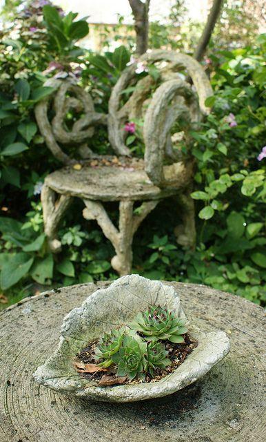 Faux Bois Furniture Concrete Leaves Cement Garden 400 x 300
