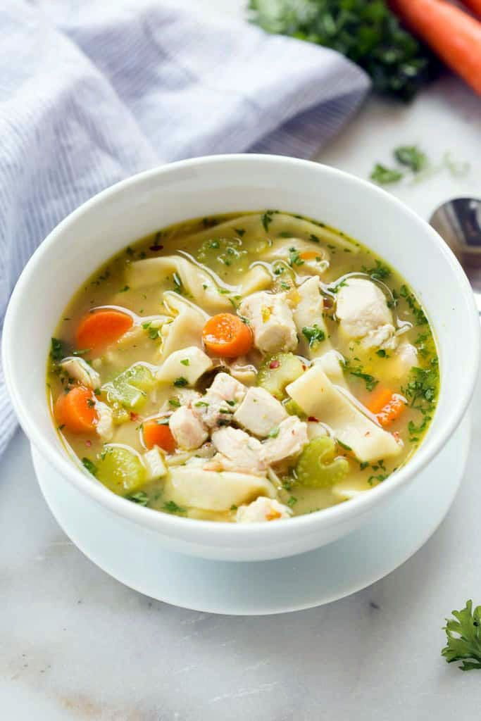 Great easy chicken noodle soup chinese from the food and nutrition experts #chickendumplingscrockpot