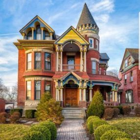 52 Affordable Old House Ideas Look Interesting For Your Home