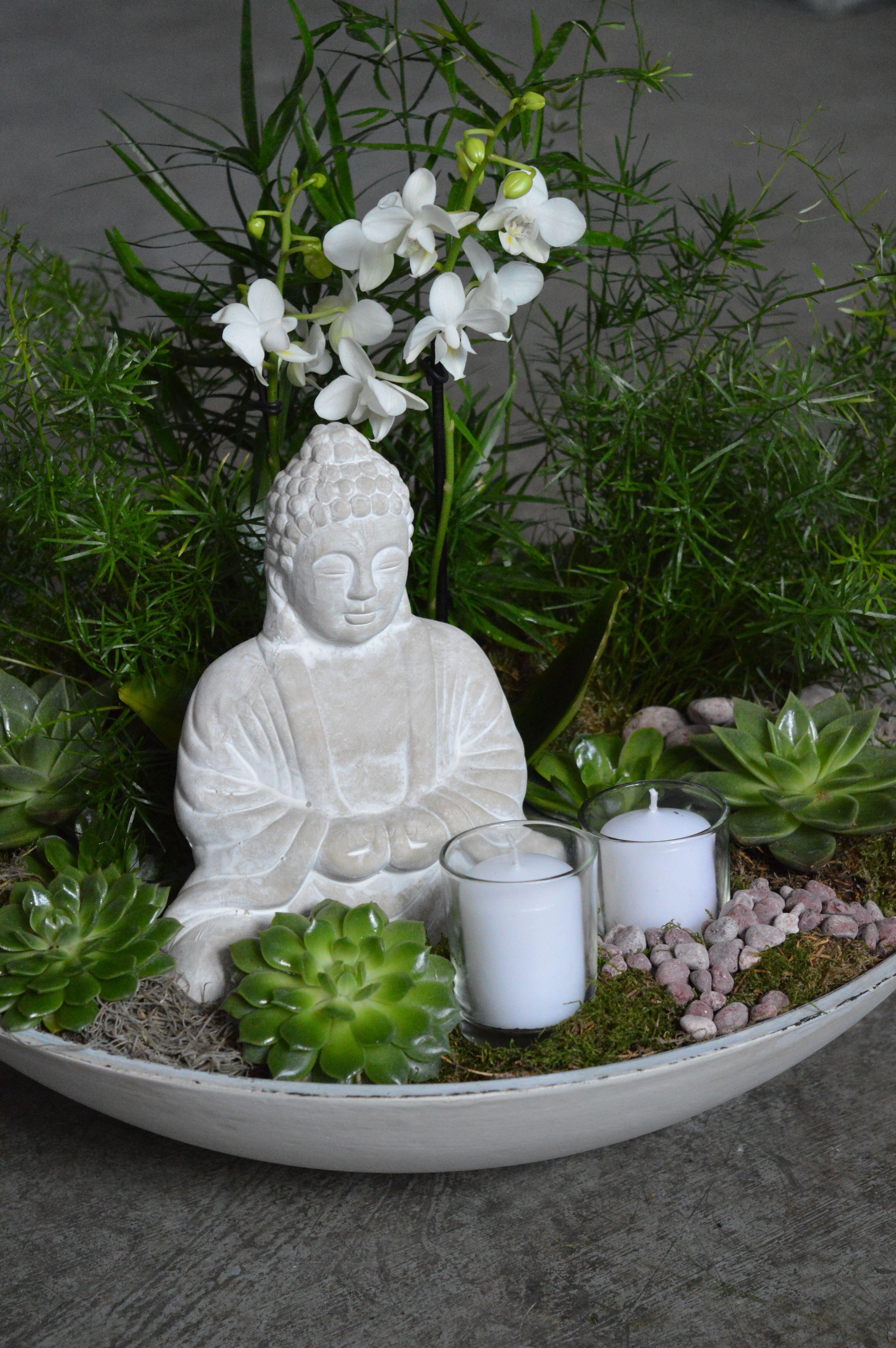 Beautiful Zen Garden Created With Lots Of Succulents Orchids Fern Plants With A Buddha And Candles In The Zen Garden Diy Indoor Zen Garden Zen Garden Design