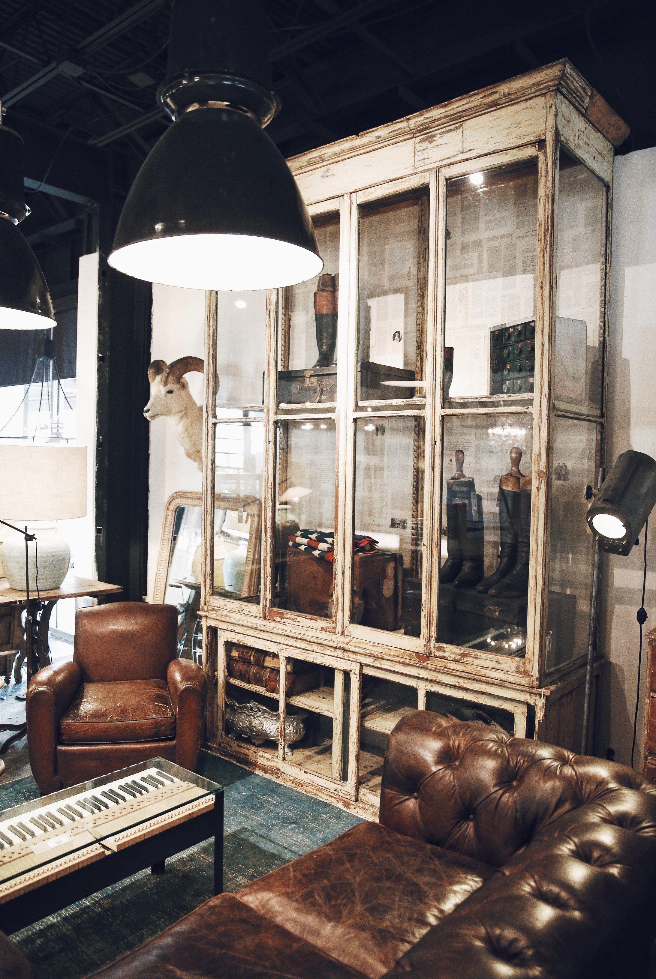 Antique Casing And Vintage Leather Lighting Unique Touches Houston Design At Georgia