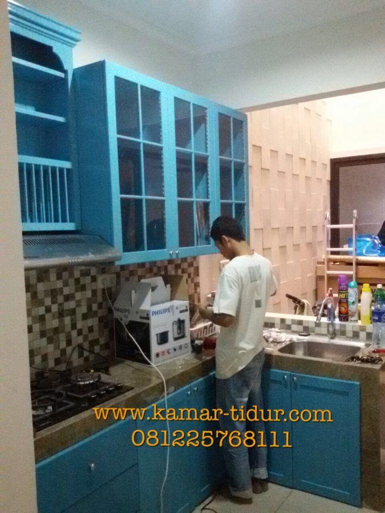 Yang mau order kitchen set dengan desain dan warna sesuai keinginan ...