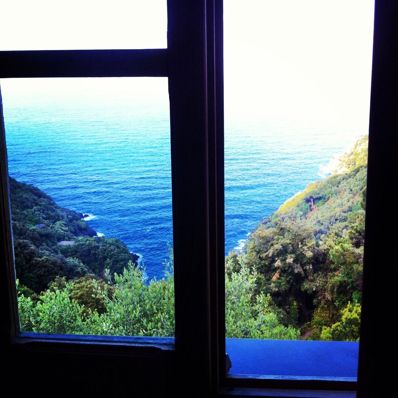 La mattina all 39 agririfugio molini ci si sveglia si apre la finestra e questo quello che si - Finestra che si apre ...