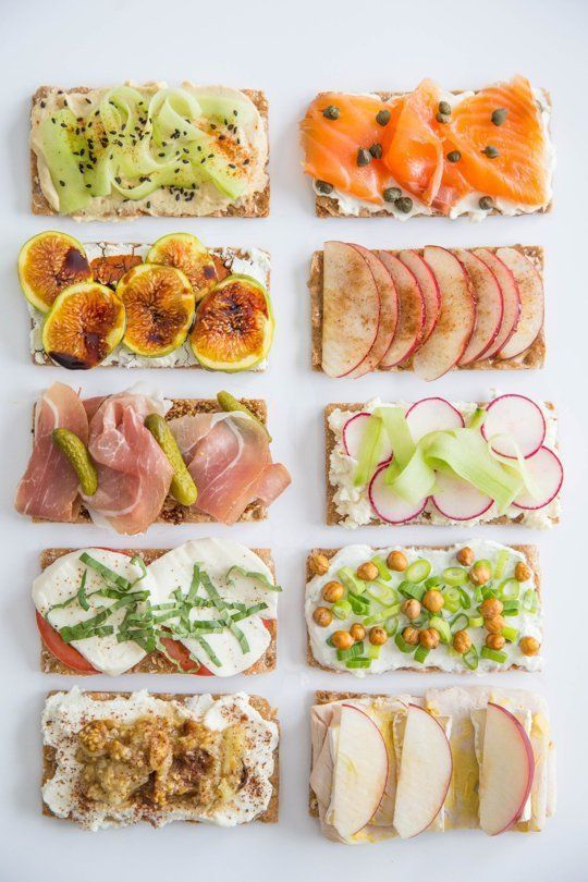 a Wasa Cracker into a 5-Minute Lunch, 10 Ways 10 Easy Ways to Turn Crackers into Fresh, Delicious Lunches10 Easy Ways to Turn Crackers into Fresh, Delicious Lunches