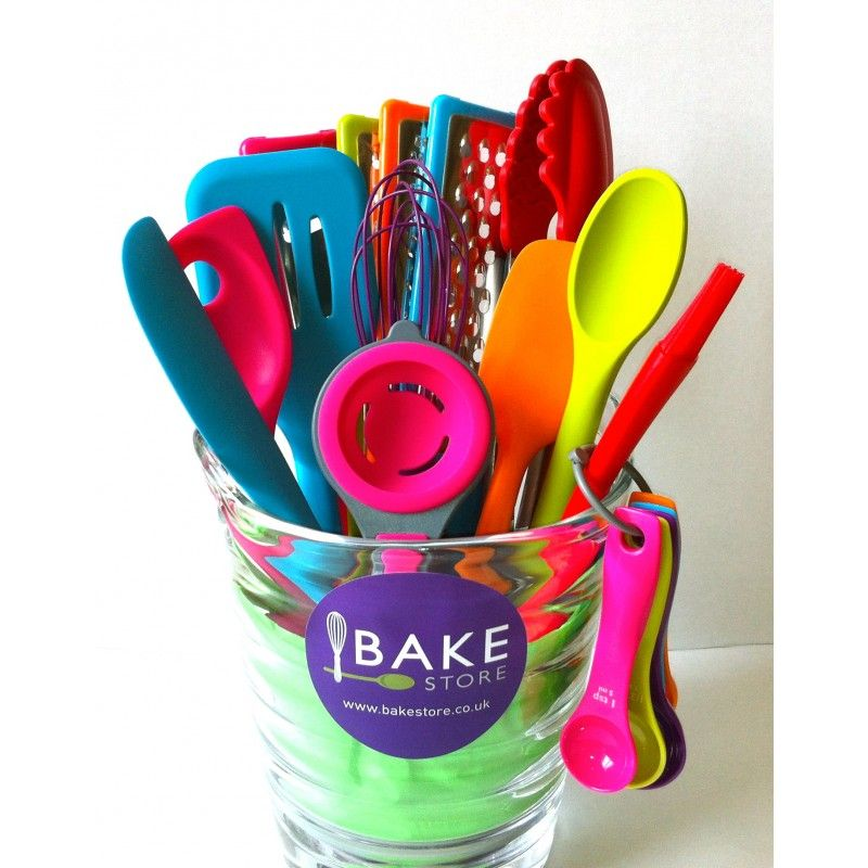 THE COMPLETE COLOR BAKING TOOLS SET