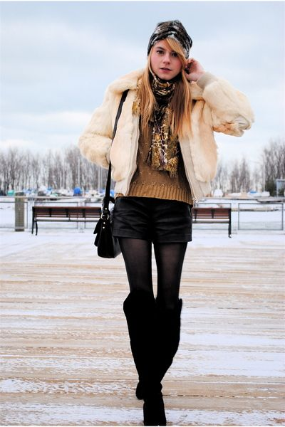 Image detail for - Forever-21-shorts-oscar-dela-renta-sweater-black-chinese-laundry-boots ...