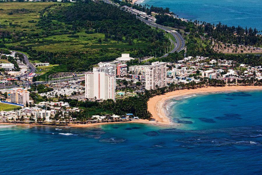 Playa azul costa azul luquillo puerto rico for Puerto rico vacation ideas