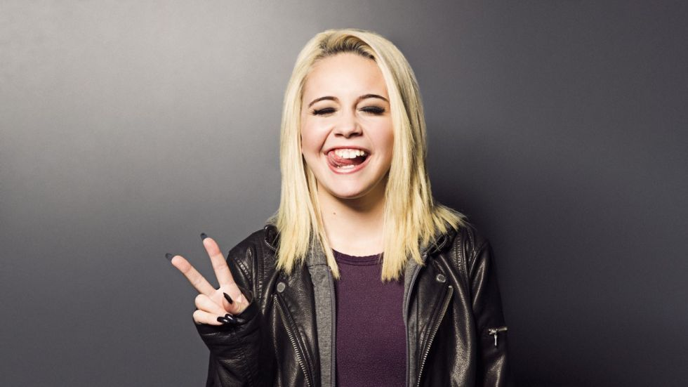 Bea miller 2015 google search celebrities and people i - Bea miller wallpaper ...