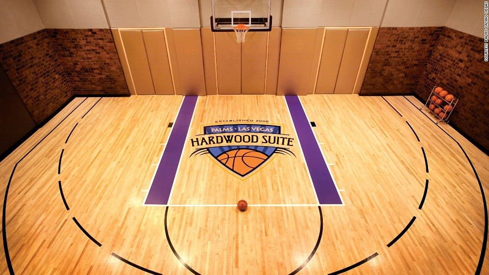 World S Most Expensive Hotel Rooms Take A Peek Inside Vegas Suites Unusual Hotels Indoor Basketball Court
